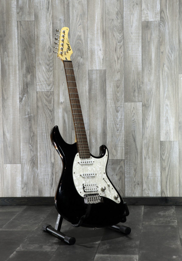 Cort_G_252_Stratocaster_front
