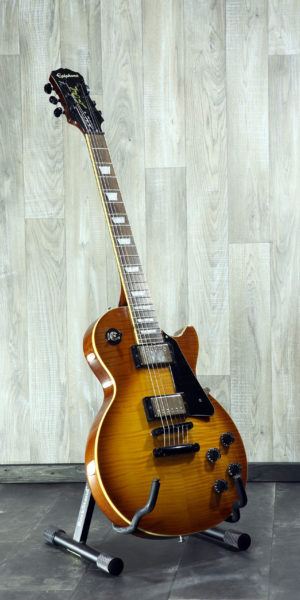 Epiphone_Les_Paul_Standard_Plus_Honey_Burst_Front