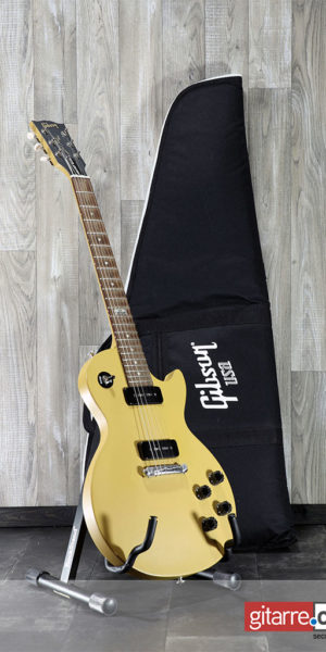 Gibson_Les_Paul_Melody_Maker_2014_with_bag