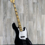 Fender_Geddy_Lee_Signature_Bass_front