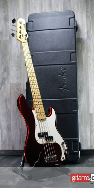 Fender_Precision_Bass_5_Saiter_Made_in_USA_with_case