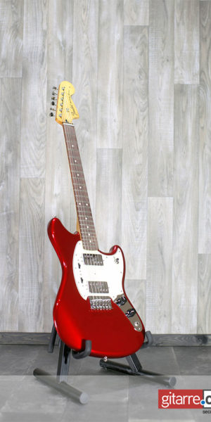 Fender_Mexico_Mustang_Special_Red_front