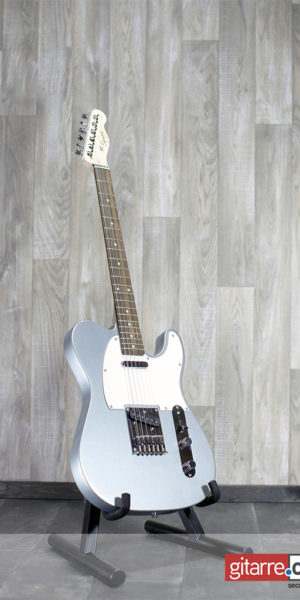 Fender_Squier_Telecaster_Silver_front