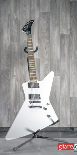 Epiphone_Explorer_1984_Alpine_White_Limited_Edition_front
