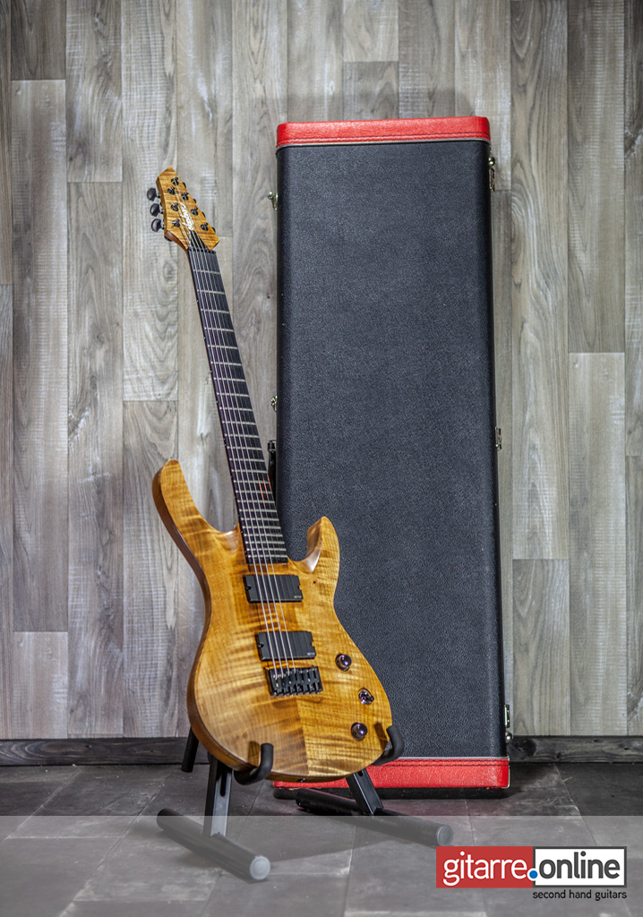Jackson_USA_Select_B7MG_Deluxe_Walnut_with_case
