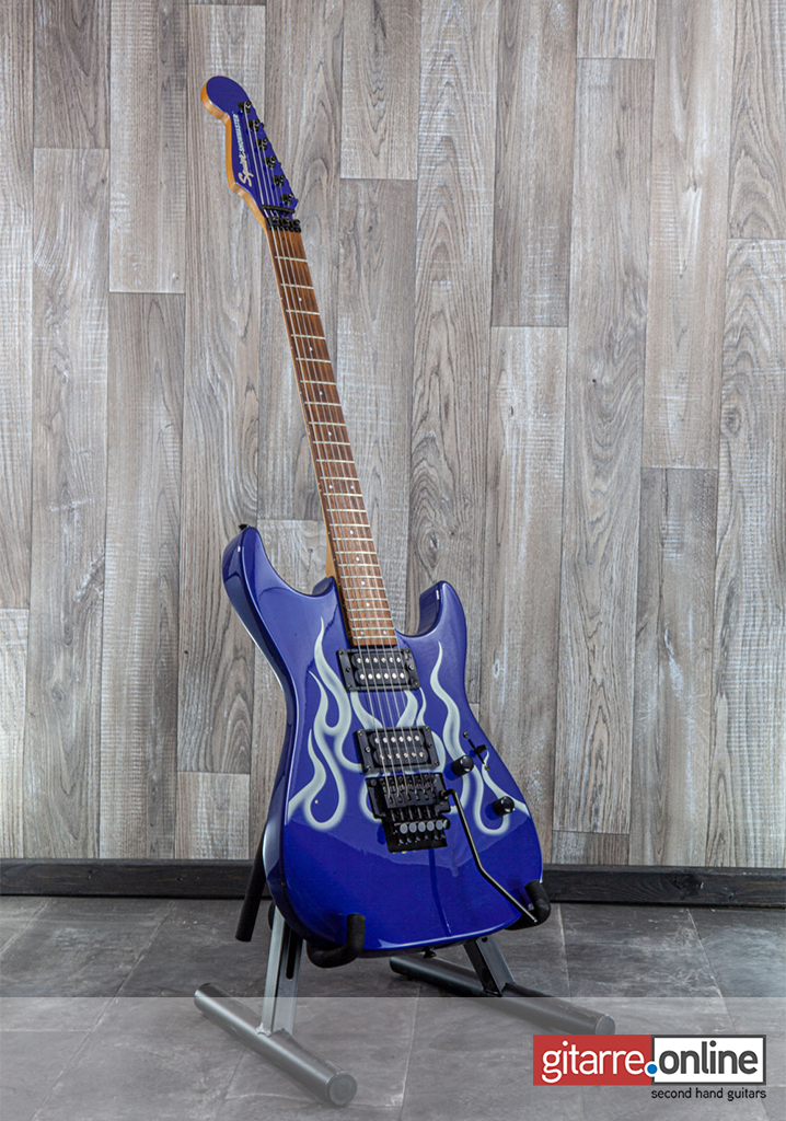 Fender_Squier_Stratocaster_Showmaster_Reversed_Headstock_Blue_front